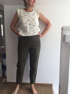 Opian sewing pattern - Vaulion Trousers and Shorts / Patron de couture Opian - Pantalon et Short Vaulion Sewing Patterns, Trousers, Suits, Inspiration, Fashion, Sewing, Fashion Ideas, Trouser Pants, Biblical Inspiration