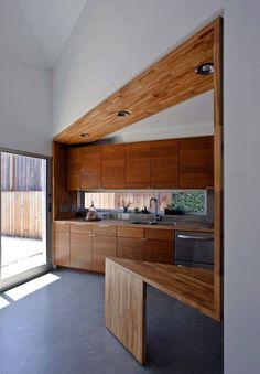 accentuer l'angle par la cuisine en bois