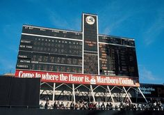Old Yankee Stadium Scoreboard at the end of the last game before Steinbrenner tore it down New York Stadium, Stadium Tour, Shea Stadium, Yankee Stadium, Batting Order, Baseball Scoreboard, Mlb Stadiums, Red Sox Nation, In Memory Of Dad