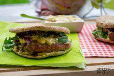 7gramas de ternura: Preguinho de Novilho com Creme de Mostarda e um Pão Saudável