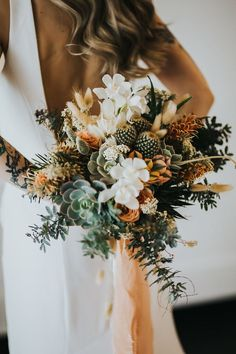 Cactus bouquet for an indoor desert wedding wedding ideas & wedding ideas on a budget & wedding ideas country & wedding ideas fall & wedding ideas outdoor & Wedding Ideas & The post Cactus bouquet for an indoor desert wedding appeared first on Wedding. Cactus Wedding, Boho Wedding Flowers, Wedding Flower Arrangements, Floral Wedding, Wedding Colors, Wedding Bouquets, Boho Flowers, Centerpiece Flowers, Autumn Wedding Bouquet