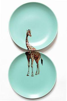 Giraffe plates par yvonneellen sur Etsy