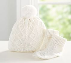 e568f996a Monique Lhuillier Cable Knit Pom Pom Hat & Bootie Set, 6-12 Months