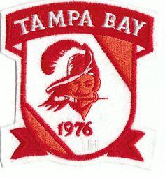 Great vintage 1994 TAMPA BAY BUCCANEERS T-SHIRT! Description from ebay.com. I…