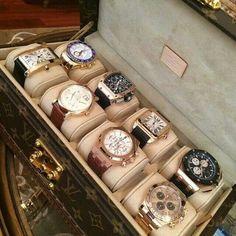 Caixa de  relógios da Louis Vuitton