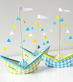 DIY Anleitung: Papierschiff falten, Basteln mit Kindern // DIY tutorial: paper ship, crafting tutorials for kids via DaWanda.com