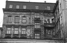 B/W The Other Side, Vienna, Multi Story Building