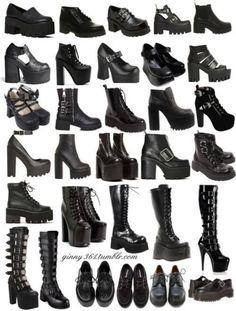 Pin by Yahima Garcia on Dark / Witchy fashion. Edgy Outfits, Mode Outfits, Grunge Outfits, Fashion Outfits, Womens Fashion, Grunge Boots, 90s Fashion, Aesthetic Grunge Outfit, Aesthetic Shoes