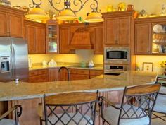 Kitchen Cabinets By Phoenix Kitchen and Bath Remodeling Contractor