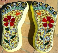 Cement feet stepping stones by Glasshoppers…