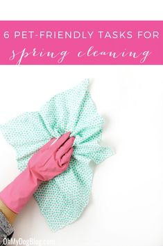 6 tasks every pet lover should add to their spring cleaning routine! They're quick and easy to achieve in a single weekend! Cleaning Spray, Cleaning Kit, Bathroom Cleaning, Deep Cleaning Checklist, Best Home Fragrance, Pot Pourri, House Smell Good, Best Cleaning Products, Clean Microfiber
