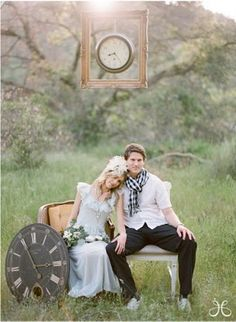 How my save the date picture session is gonna look.....hurry up Sept 22nd!!
