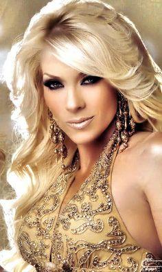 Yuri Cantante Mexicana | Yuri cantante mexicana nuevo look | Flickr - Photo Sharing!