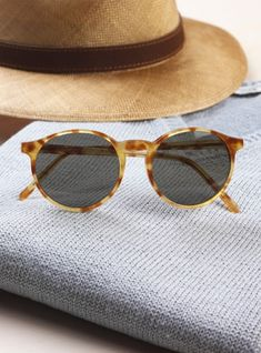 Very cute sunglasses on