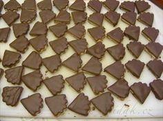 Picture of Recept - Cappucinové vějířky Christmas Cookies, Candy, Chocolate, Food, Detail, Basket, Eye Circles, Xmas Cookies, Sweet
