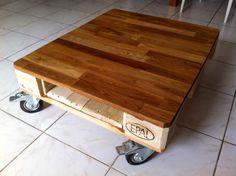 La Mignonne Table Basse Demi-Palette Qui Va Bien / Small Pallet Coffee Table Coffee Tables