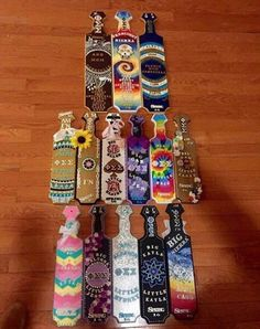 Omg the tie dye and sugar skull! Fraternity Paddles, Sorority Paddles, Sorority Crafts, Sorority And Fraternity, Sorority Recruitment, Big Little Paddles, Sorority Big Little, Phi Sigma Sigma, Delta Gamma