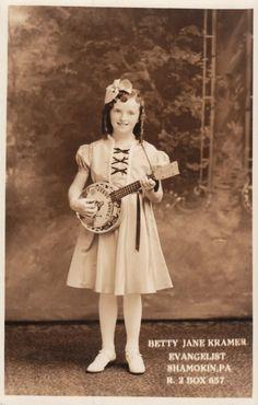 Betty Jane Kramer and her Jesus Saves Banjo Child Evangelist old time religion Old Time Religion, Banjo Ukulele, Speaking In Tongues, Jesus Saves, Vintage Children, Vintage Photos, Celebs, This Or That Questions, Banjos