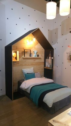 Boy room remodel ideas - The volume of sunlight in the room plays a sizable role in most interior must be designed. If each of your rooms doesn't have a great deal of windows, consider using a light shade of paint to produce the area less cave-like. Little Boys Rooms, Big Girl Rooms, Boys Room Decor, Boy Room, Small Room Bedroom, Kids Bedroom, Kids Furniture, Wall Lighting, Small Changes
