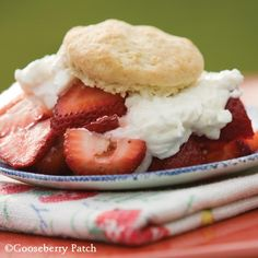 Gooseberry Patch Recipes: Summertime Strawberry Shortcake from 101 Homestyle Favorites Cookbook