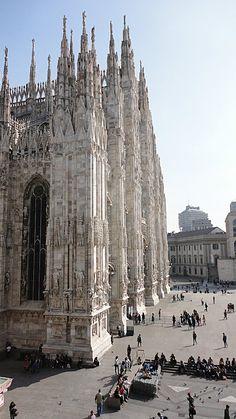 Unbedingt empfehlenswert: Der Dom von Mailand - denn ob Shopping oder Kultur, diese Stadt bietet beides. http://www.canvasholidays.de/zielgebiete/camping-in-italien/gardasee