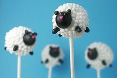 Little Lamb Cake Pops - so adorable! Made these for a baby shower, they were the perfect center piece and favor!