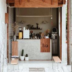 Metal Wall Art Home Decoration Japanese Coffee Shop, Small Coffee Shop, Coffee Store, Cafe Shop Design, Restaurant Interior Design, Interior Shop, Modern Restaurant, Cafe Concept, Coffee Stands