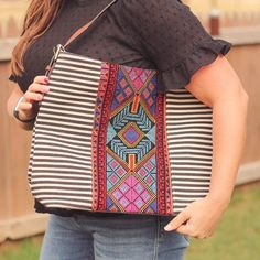 Totes, Purses, Bags - Ember Embroidered Aztec Hobo Bag Fall Fashion Trends, Trendy Fashion, Winter Fashion, Boutique Clothing, Fashion Boutique, Hobo Bag, Vegan Leather, Aztec, Casual Outfits