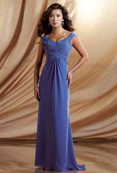 Brides: kathy ireland for Mon Cheri :  LOVE THE COLOR