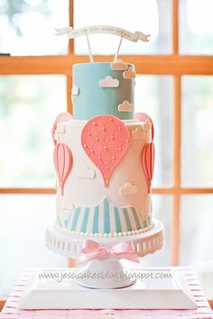 Vintage Hot Air Balloon Theme. Love this idea and the cake!! #BeautifulBabyShower