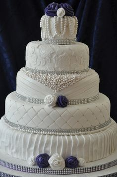 single+layer+wedding+cakes | tier cake with lace effects ribbon roses and pearls 5 tier cake with ...