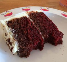 So good I nearly didn't get this picture! // red velvet cake // the hen house // Slimming World Update week 45 // mrssavageangel