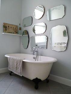 En væg af spejle fra 30'erne