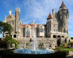 """Casa Loma in Toronto Ontario, Canada was an interesting look into a """"modern"""" castle. It was under construction with wedding preparations in progress so we didn't get pristine pics like this. Toronto Canada, Visit Toronto, Downtown Toronto, Tour Cn, Places To Travel, Places To See, Toronto Travel, Toronto Vacation, Ontario Travel"""