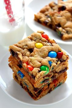 Chocolate Chip Cookie Bars - soft and chewy cookie bars packed ...