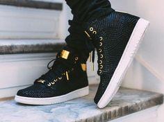Air Jordan 1 Pinnacle