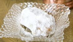 Κουραμπιέδες χωρίς Βούτυρο (νηστίσιμοι)-No-butter Greek Almond Crescents (Kourabiedes) by  thehealthycook.gr! Camembert Cheese, Almond, Dairy, Butter, Food, Almond Joy, Meals, Almonds, Preserve