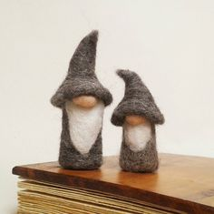 Miniature Wizard Gnomes, Gandalf Gnomes. Needle Felted Gnomes, Needle Felting Ideas, Grey Gnome, Handmade, FeltbyLisa, Heartfelt Creations by Lisa.