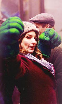 Hulk hands Tina