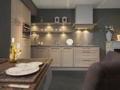 Een kleine hoekkeuken is een veelvoorkomende keukenopstelling in Nederland. Eenmaal gekozen voor deze opstelling hebt gekozen zijn er nog veel mogelijkheden