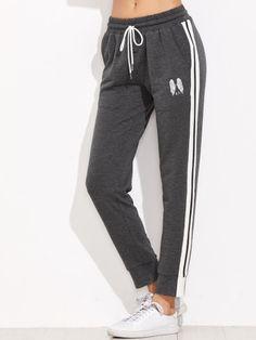 Pantalones de chándal con estampado de alas y cordón en la cintura - gris