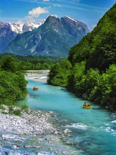 """This is the Soca River, aptly named the """"Emerald Beauty! 😍 Its a 136 km river that flows through western Slovenia and is famous for its emerald green water! 🙌🏽 Soca is actually one. Visit Slovenia, Slovenia Travel, Slovenia Info, Bled Slovenia, Dream Vacations, Vacation Spots, Rafting, Great Places, Places To See"""