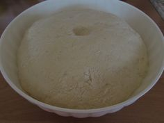 Šišky s džemom - recept   Varecha.sk Rum, Ice Cream, Bread, Desserts, Basket, No Churn Ice Cream, Tailgate Desserts, Gelato, Icecream Craft