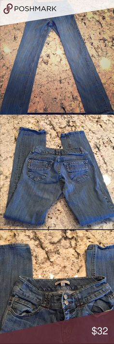 CAbi Jeans Size 2. Excellent used condition. CAbi Jeans Straight Leg