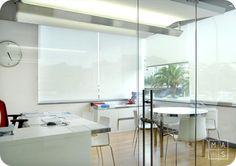 Una segunda intervención en las oficinas del Grupo Losán por nuestro estudio, mas arquitectura, en A Coruña. En concreto, hablamos de la sala técnica, con una mampara de cristal que domina todo el espacio, pero que a la vez aísla.  Interiorismo, diseño de interiores, minimalismo, contemporáneo, diáfano, interior design, contemporary, office styling, modern, minimalism.