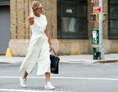 Неделя моды в Нью-Йорке весна-лето 2016: street style. Часть 2 (фото 17)