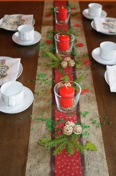 Tischdekoration Weihnachten 18 – New Ideas Banquet Table Decorations, Decoration Table, Table Centerpieces, Christmas Decorations For The Home, Christmas Table Settings, Blog, Hedwig, Creative, Party