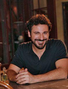 Rubén Serrano es Conrado Buenaventura en 'El Secreto de Puente Viejo'