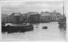Møre og Romsdal fylke AALESUND. BRUNHOLMEN med båter Utg Johs Havnevik tidlig 1900-tall
