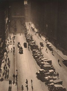 The Canyon, Martin Place - Harold Cazneaux 1925